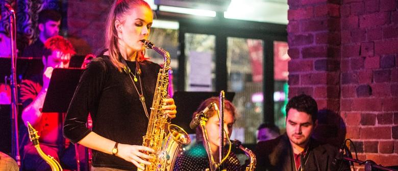 Rogue Sunday Jazz feat. Louisa Williamson