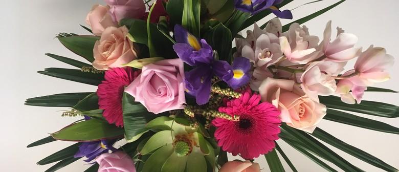 Luxurious Hand Tied Bouquet Workshop