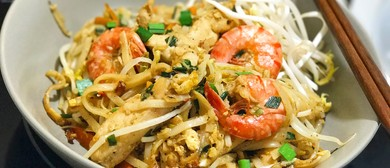 Chicken and Prawn Pad Thai