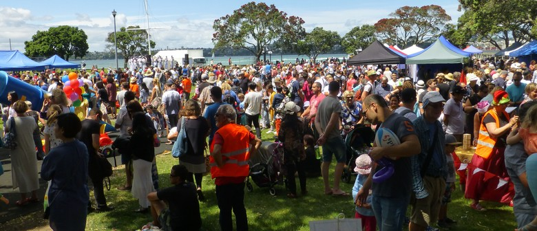 Devonport Christmas Festival Dance In the Park