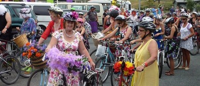 Waihi Beach Frocks On Bikes