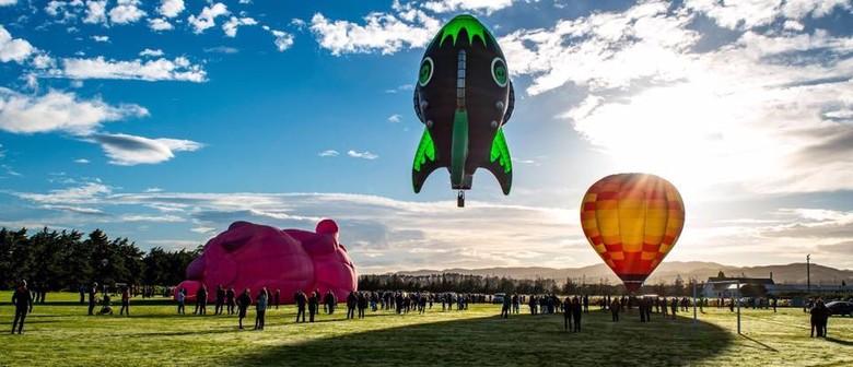 Wairarapa Balloon - Te Kairanga's Meander Over Martinborough