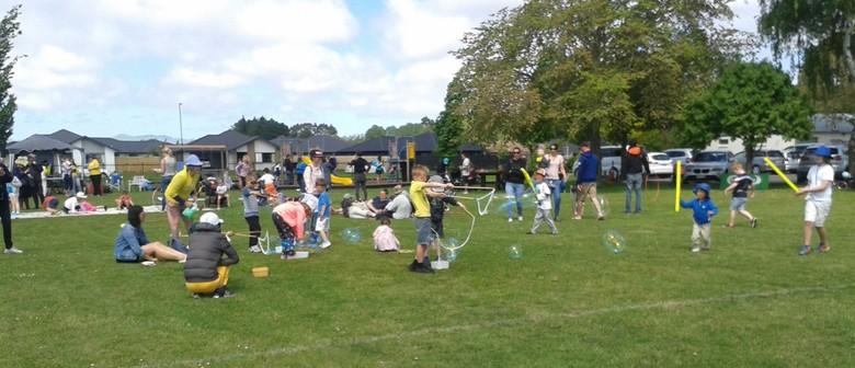 Easter Egg Hunt, Hot Cross Buns, Parachute & Bubbles!