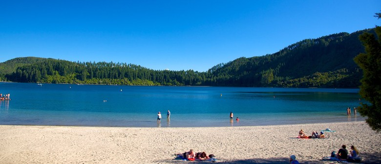 Blue Lake School Holiday Scavenger Hunt