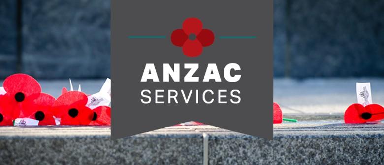 ANZAC Day: Lower Hutt Dawn Service