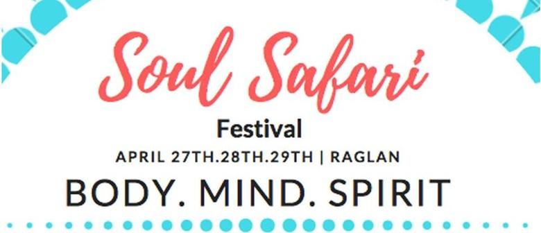 Soul Safari Raglan 2018