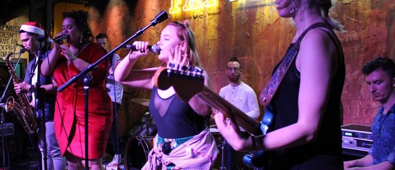 Tina and The Turners, Uptown Shakedown, Jazz