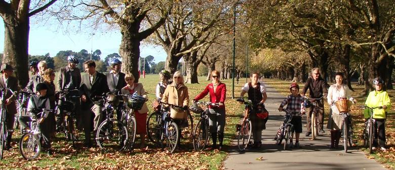 Tweed Ride Along the Cycleways