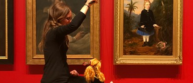 Puppet Show: Puppets In the Portrait Gallery