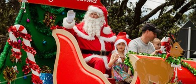 Orewa New World Santa Parade 2018