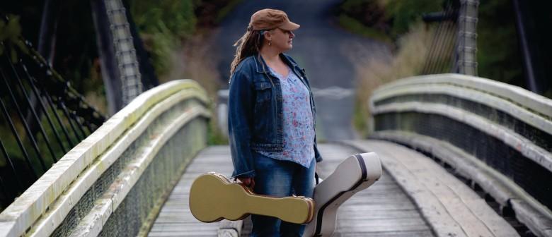 Celine Filbee Live in Ohawe Beach