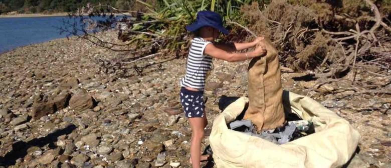Seaweek - Wairoa Riverside Clean Up