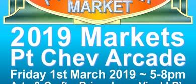 Pt Chev Arcade Market