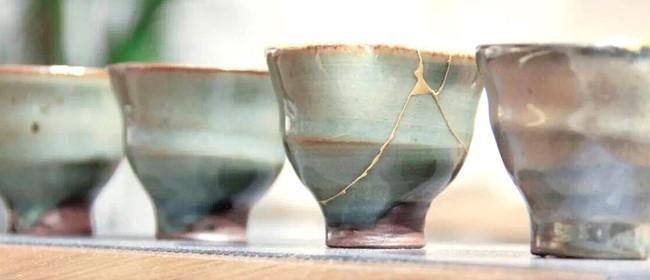 Studio One Toi Tū - Gold-Leaf & Lacquer