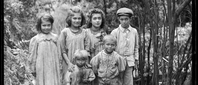 Charlie Dawes Family Photo Day