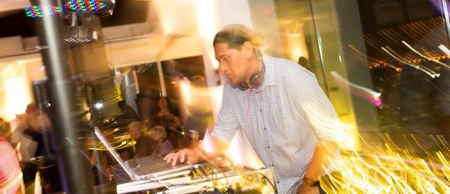 Sunday LIVE - Limelight DJ