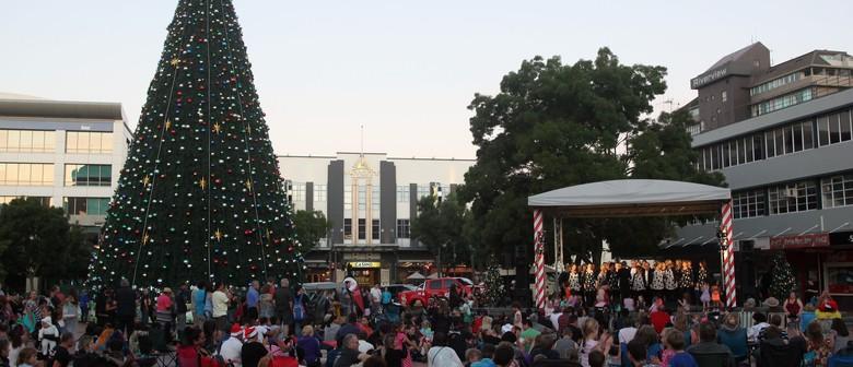 Hamilton Christmas Concert and Tree Lighting