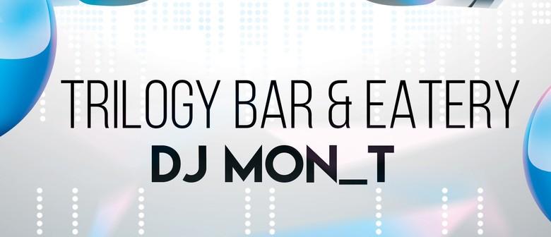 Student Night - DJ Mon_T