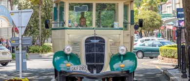 Heritage Studebaker Bus Tours - Whanganui Vintage Weekend