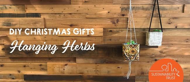 DIY Christmas Gifts: Hanging Herbs