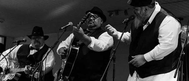 Caramellos Acoustic Trio
