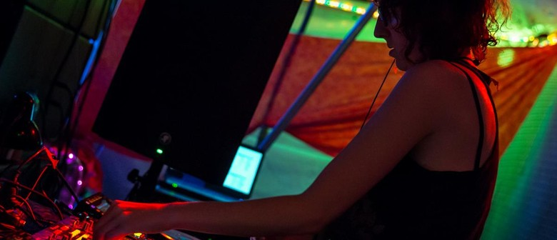 Bass-ics: Intro to Digital DJing workshop - For Femmes