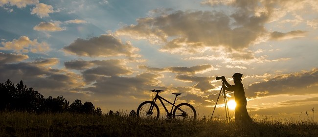 Digital Photography: Introduction to DSLR Cameras (Weekend)