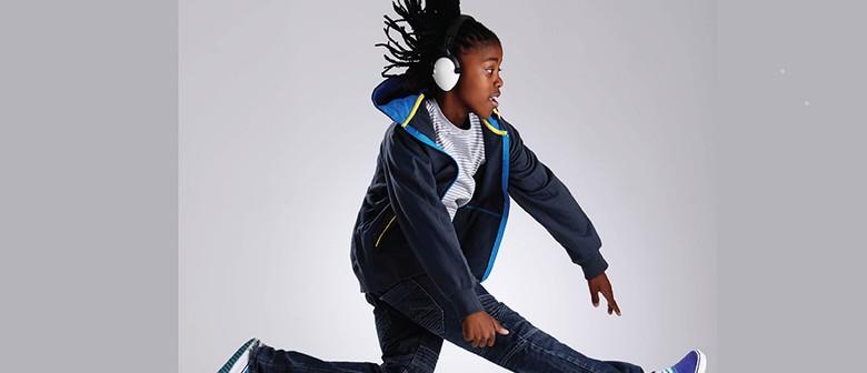 Hip Hop Online Dance Class (Ages 8+)
