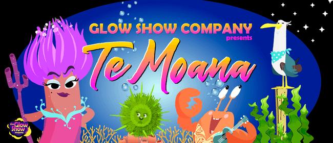 Te Moana Glow Show!
