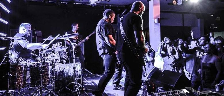 Fade To Black: The Metallica Experience