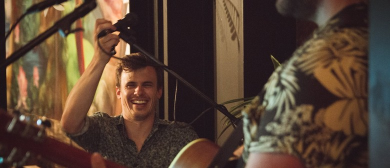 Live Music: Eb and Mac