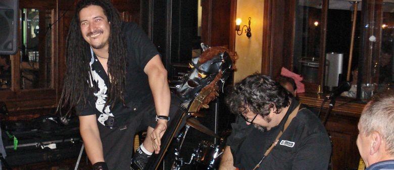 Live Music: Recliner Rockers