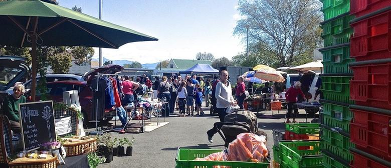 Sunday Car Boot Market