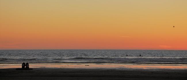 Twilight Beach Walk – Foxton Beach to Himatangi Beach