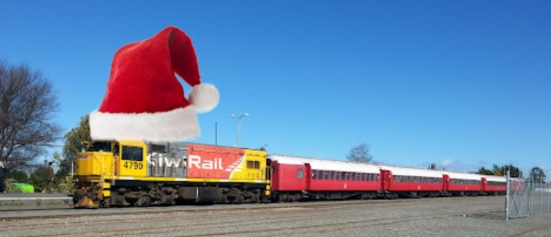 Train to the Feilding Christmas Carnival and Parade