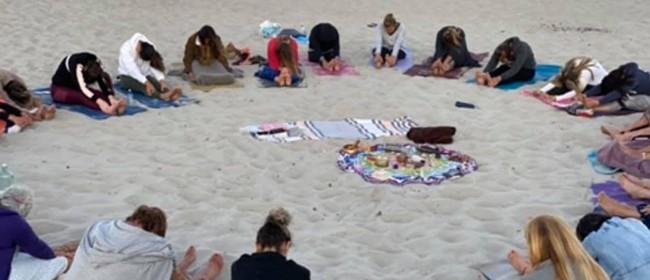 Full Moon Circle - Beach