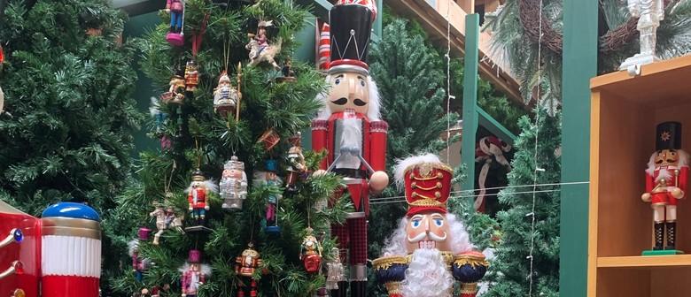 Country Music Meets Christmas Magic