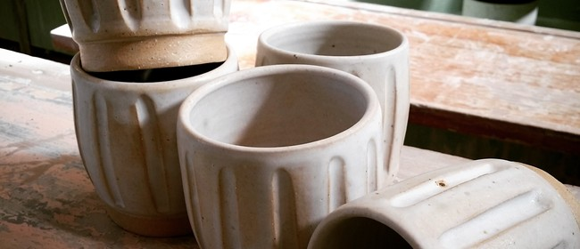 Handcrafted Beakers - 1-Day workshop w Siriporn Falcon-Grey