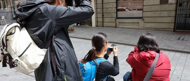 Women in Photography: Photo Walk Street Photography Focus