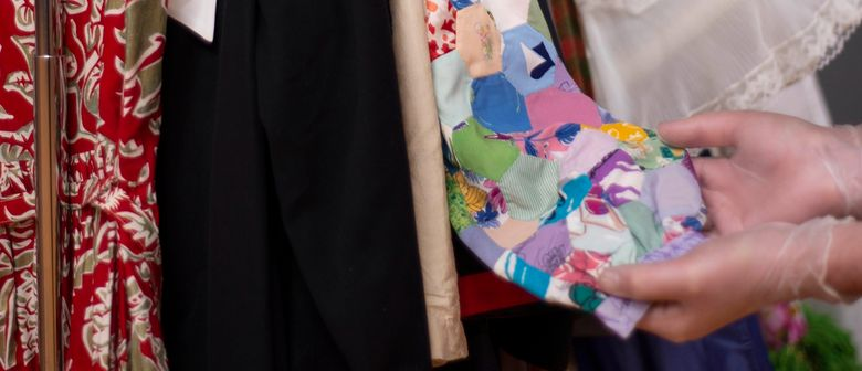 Fashion Fridays - Curators Insider's Talk