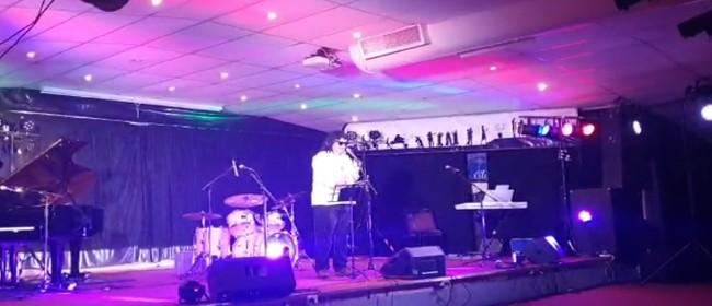 David Pomeroy Sings Elton John Songs