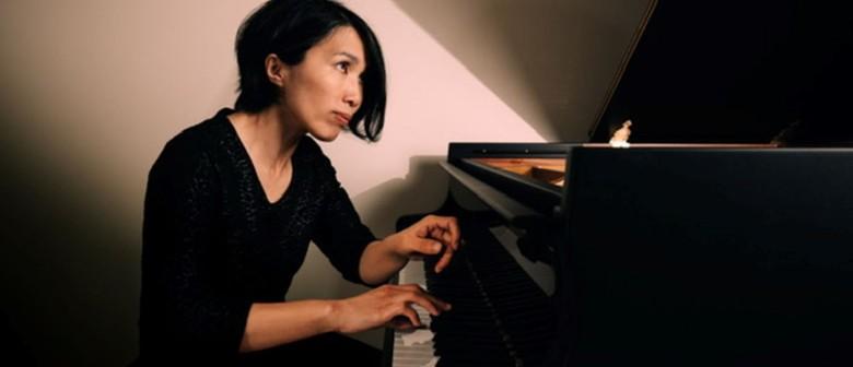Ya-Ting Liou – Solo Piano
