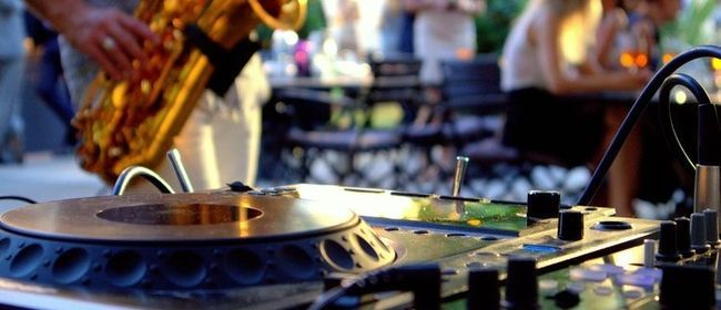 DJ & Saxophone Session with Matt Bizzle
