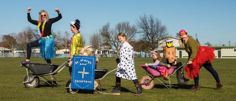 The Great Carterton Wheelbarrow Race