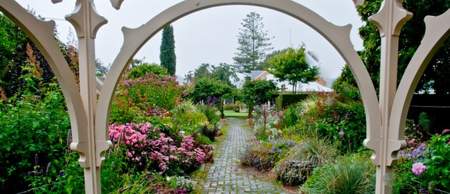 17 Head of the Harbour Heritage Trail & Ōhinetahi Gardens: SOLD OUT