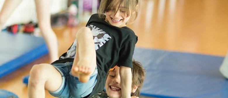 Circus Arts TAPAC Holiday Programme (Ages 8-10)