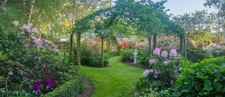 Simply Stunning Garden Walk