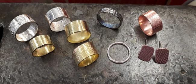 Jewellery-making: Beginner's Weekend