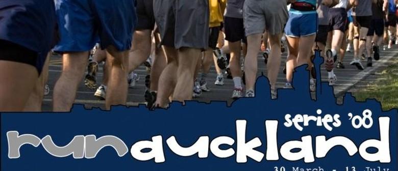 RUN Auckland Series 2009: Race 6