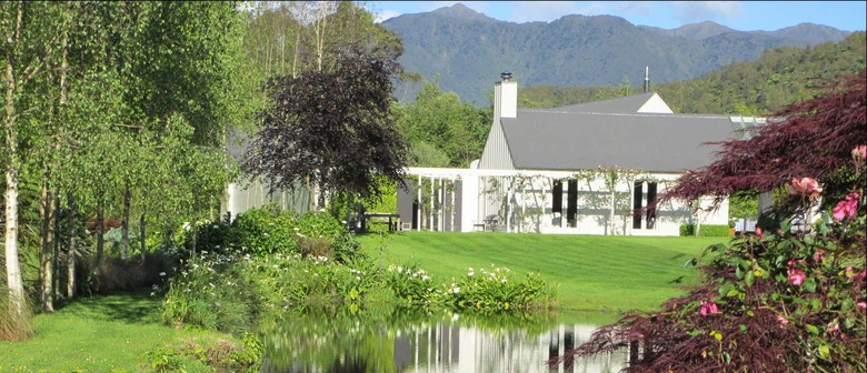 Behind the Hedges of Horowhenua - A Country Lifestyle Trail